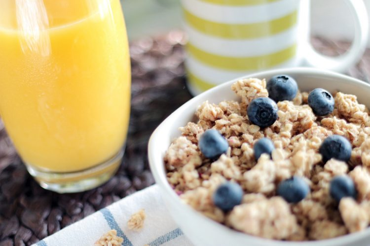 Should Breakfast be High Protein or High Carbs, or Both?